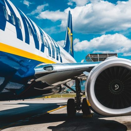 Half-year passenger flow of Ryanair fell by 80%