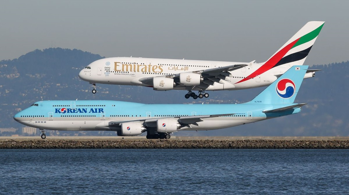 Airbus assembled last serial airplane A380