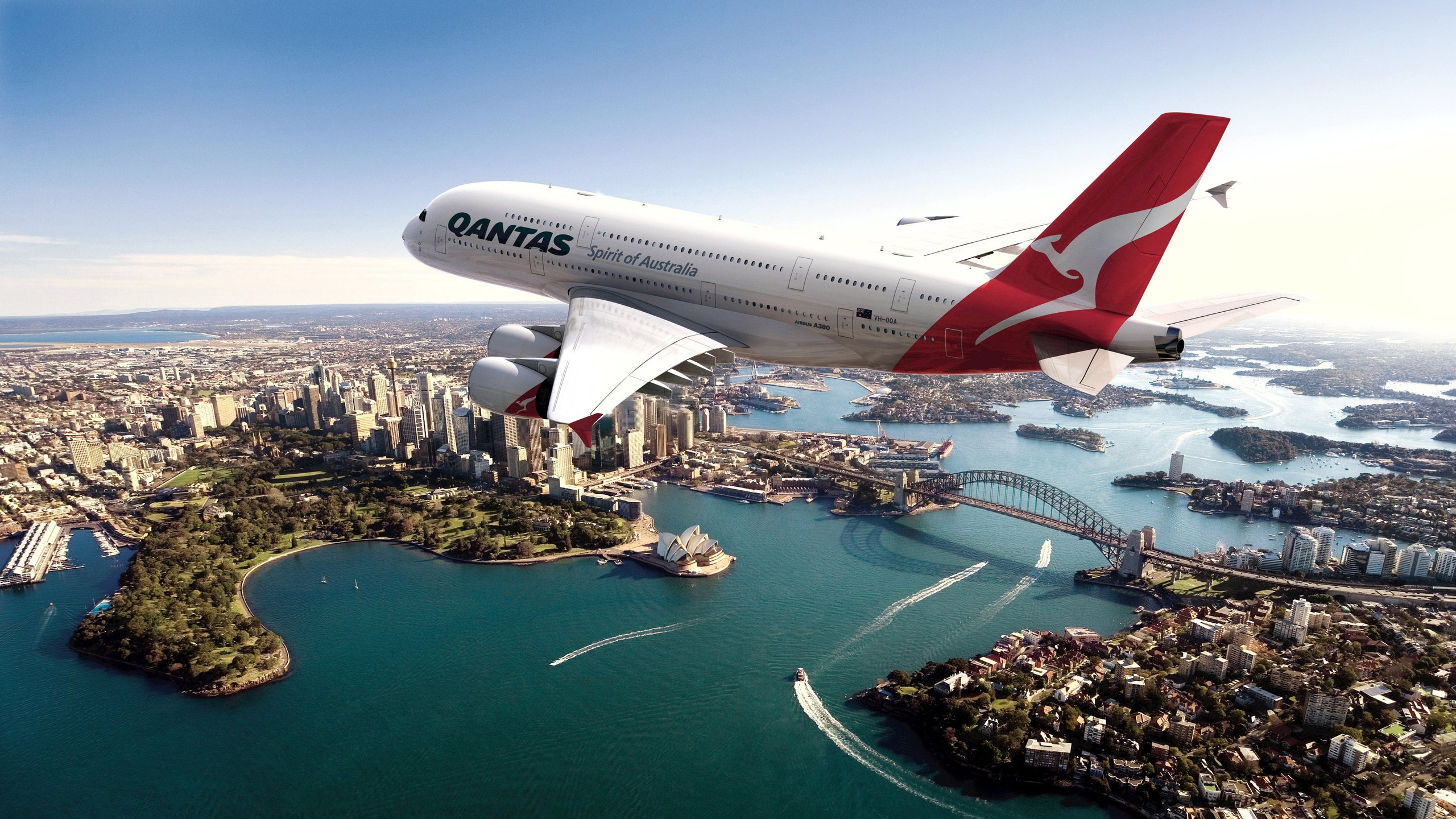 Loss of Australian airline company Qantas in the second half-year of 2020 exceeded 1 billion USD
