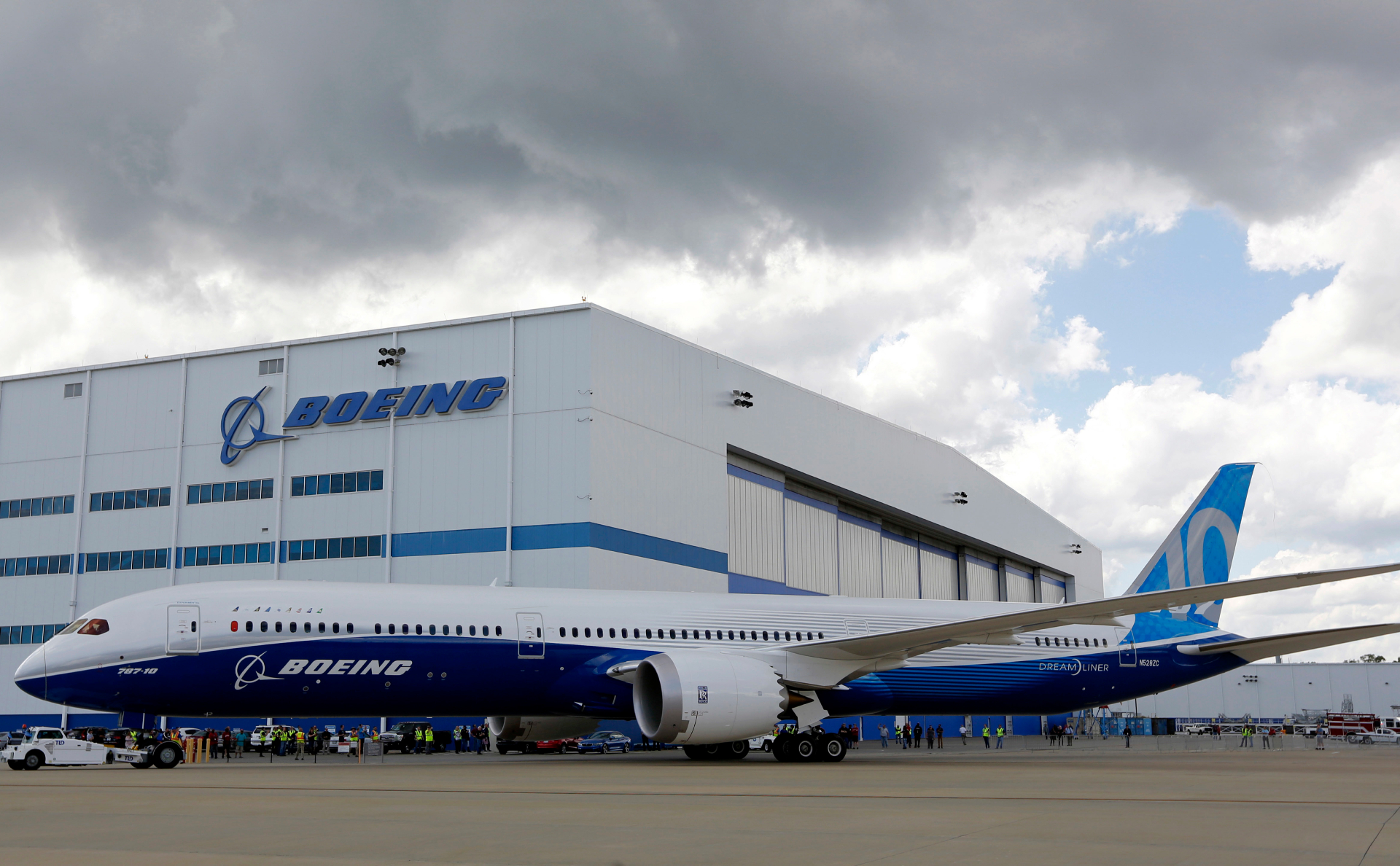 Boeing will not be able to resume deliveries of the airplanes 787 Dreamliner till the end of October